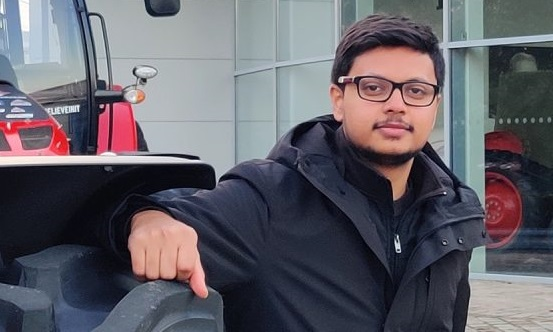 Un étudiant indien de RUBIKA en stage à Beauvais dessine les voitures du futur